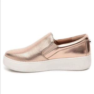 Steve Madden Leather Upper Rose Gold Slip-Ons.